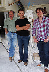 Mark Coreth, Nick Baker, Jamie Hamilton with the icebear plaster skeleton © The Ice Bear Project Ltd