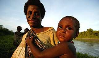 Papua New Guinea, mother and child