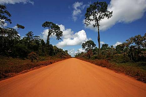 The paving of the interoceanica highway in Peru is just one of many current infrastructure developments in the Amazon region.