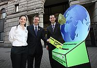 Minister Poots receives the Northern Ireland petition of WWF's Vote Earth
